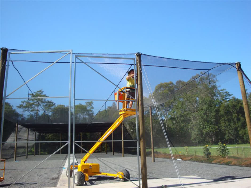 2008 Bird netting with hinge gates